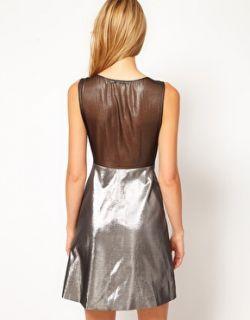 Karen Millen  Vestido metalizado con falda de corte amplio de Karen Millen en