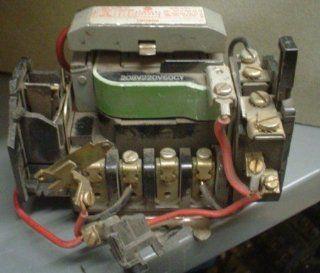 Motor Starter General Electric CR106D0 220V COIL 4 Pole