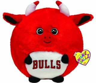 Ty Beanie Ballz Chicago Bulls   NBA Ballz   Large: Toys & Games