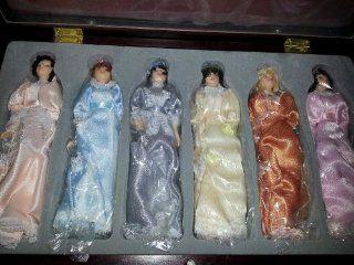 "Thomas Pacconi 1900   2000 Classics 6 Victorian Porcelain Dolls 6"" Tall, each with parasol umbrella   Christmas Ornaments"