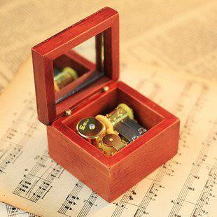 Annatto Lubricious Wood Music Box, Musicbox Dancer, Hand Music Box Toys & Games