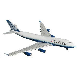 Gemini Jets United Airlines B747 400 1400 Scale Toys & Games