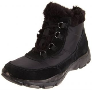 Clarks Women's Quill Waterproof Boot,Black,8 M US: Shoes