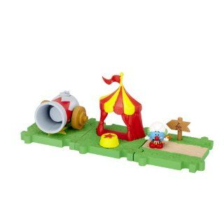 SMURFS 2 Micro Figure Starter Pack: Circus Smurf Tent: Toys & Games