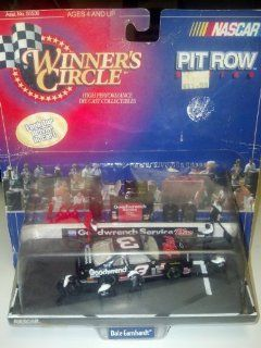 1998 Dale Earnhardt Sr. Pit Row Series Car  #3 Goodwrench Plus  Winners Circle Toys & Games