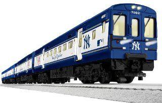 New York Yankees / Mets Subway Ready to Run Train Set Toys & Games