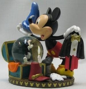 Disney World Mickey Mouse Wardrobe Chest Snowglobe   Snow Globes