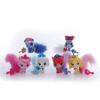Disney Princess Palace Pets Furry Tail Friends Aurora Toys & Games