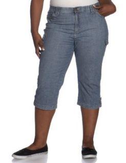 Lee Women's Plus Plus Alberta Comfort Waist Capri, Cayman Handsand, 26W M: Jeans: Clothing