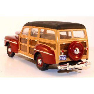 Revell 125 '48 Ford Woody Model Kit Toys & Games