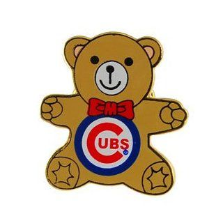 Chicago Cubs Teddy Bear Souvenir Pin : Sports Related Pins : Sports & Outdoors